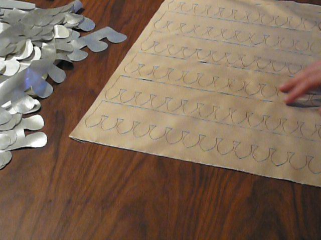 Preparing laser cut garlands